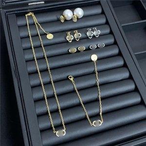 Lettres luxe Collier Diamant Perle Boucles d'oreilles Designer Femmes Marque Collier Jewerly Set Charm oreilles Studs cadeau en gros