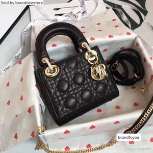 17 Womens New Portable Chain Single-shoulder Bag Handbag Size :cm Delivery Flap Bags