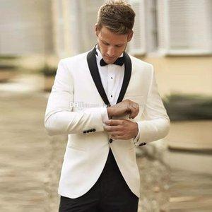 2020 Juegos de los hombres blancos de encargo del mantón de la solapa de la chaqueta del ajustado de los juegos de la boda formal del novio del desgaste del novio vestido de fiesta esmoquin mejor hombre de la chaqueta + pantalones