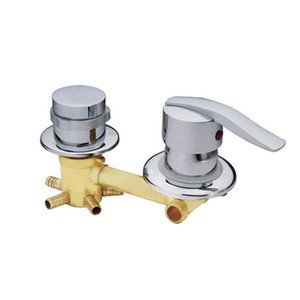 wholesale wall mounted 2 3 4 5 Ways water outlet brass shower tap screw or intubation Copper shower cabin shower room mixing valve