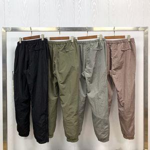 Pantalon de survêtement de Mens Pantalon de jogging Cyberpunk Casual Mens Pantalons Nylon Métal Motif de broderie Respirant Hommes Joggers Hip Hop Sweat-shirt