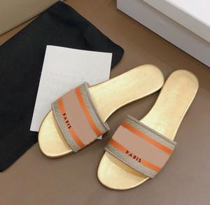 kutu ile yeni Tasarımcı Deri Bayan Sandalet Yaz Düz Terlik modası deniz kadın Büyük baş Terlik Gökkuşağı harfler terlik