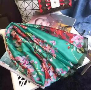 Venta al por mayor 2020 Nueva bufanda de seda de la moda para las mujeres Diseñador de primavera Flor Floral Bufandas Largas Envoltura con etiqueta 180x90cm chales