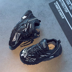 2020 Kids Designer Shoes Boys Girls Children Fashion Mesh Breathable 2020 High Quanlity Shoes Boys New Casual Sport Style Sneakers