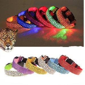 Ошейники зоотоваров Leopard печати Светящийся горжетка LED Light Up Dogs Поводок Регулируемый размер 2 85lh C R