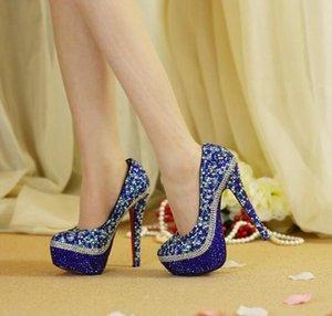 2020 hecha a mano cristalina azul tacones altos de los zapatos de boda Rhinestone Bling Bling nupcial tacones altos de la calidad del cuero partido P mirada roja outsoleCLASSIC