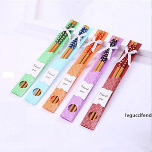 Doğal Bambu Chopsticks Çin Doğu Tanışma Batı Chopsticks Çocuk Doğum Günü Partisi Düğün Favor Hediye Rastgele Renk Gönder
