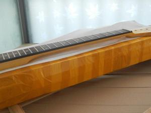 Бесплатная доставка оптом Tele Guitar шеи специальный абзац, телекастерная гитарная шея 22 фена -17-11