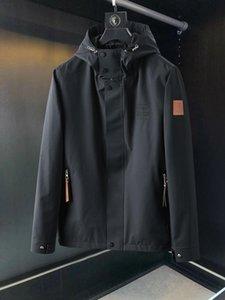 2020 di moda media giacca a vento degli uomini del rivestimento zip giacca modello loe uomini incappucciati a maniche lunghe