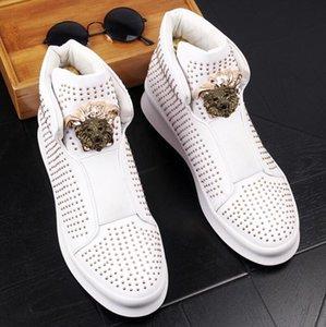 남자 펑크 신발 신발 남성 패션 발목 부츠 봄 가을 리벳 로퍼 남성 하이 탑 럭셔리 신발
