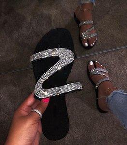 Дизайнер сандалия женщины Яркий Алмазный Повседневные Открытое Путешествие флип-флоп пляжной обувь Non-Slip Прочные тапочки оптом