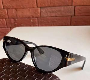 أزياء عين القط 1002S نظارات شمس أسود / رمادي عدسات 56 ملم Sonnenbrille النساء نظارات شمسية UV400 حماية نظارات شمس مع صندوق