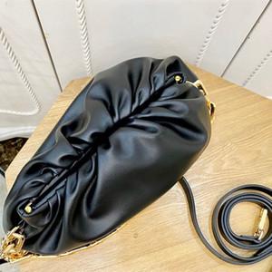 2020 neue Art und Weise Nische Design vielseitig Wolke Faltenbeutel einzelne Schulterkreuzkette Unterarmtasche Design Textur Handtasche Beutel der Frauen