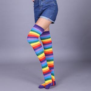 새로운 도착 패션 레이디 여성 이상 무릎 양말 무지개 스트라이프 높은 허벅지 긴 Stripey 스타킹 양말