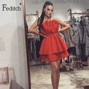 Feditch 2020 A-Line с плеча платье партии Backless Сборки Bundle талии платья лета ночной клуб сексуальное платье Wonmen Vestidos