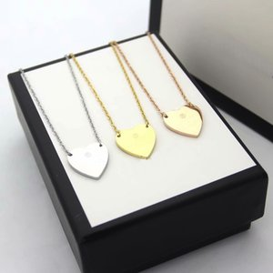 New Fashion Style Lady 316L Titanium steel Letter 18K Plated Gold Designer Necklaces With Single Heart Pendant 3 Color