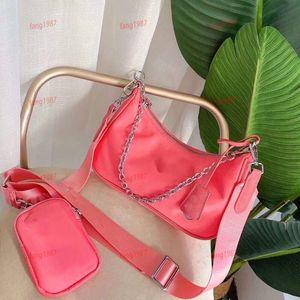 Women's luxury shoulder bag chest bag women's handbag Chain Handbag reading glasses wallet messenger bag backpack, global package mail, fact