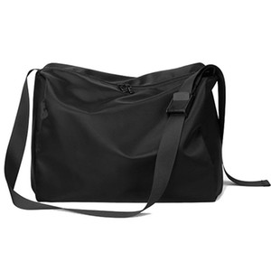 FGGS-Men's Large Capacity Messenger Bag Sports Fitness Bag Casual Nylon Travel