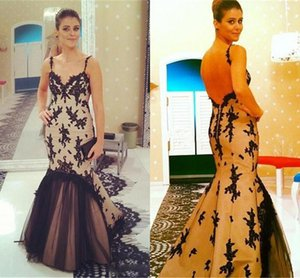 Sexy Spaghetti Straps Mermaid Evening Dresses 2020 Arabic Black Appliqued Lace Prom Gowns Backless Sweep Train Formal Party Wear AL6547
