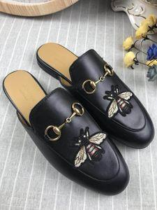 321g 2019 del verano nuevas mujeres del diseño de zapatillas de moda las mujeres del patrón del tigre de cuero reales clásicas zapatillas negro tamaño europeo: 35-41