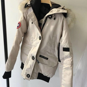 Branded Women Winter Warm Down Jacket Designer Lady Coyote Fur Collar Red Balck White Blue Colors Outwear