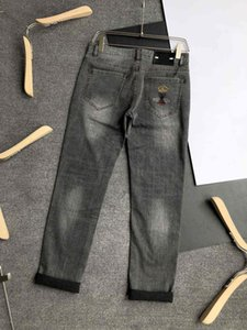 Mens Designer Jeans Pants Fashion New Stylish Streetwear Jeans Men Casual Pants with Letter Hot Sale Jeans Clothing Size 29-40