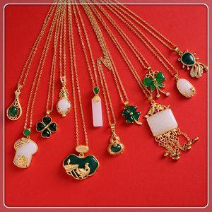 All-ingrosso gioielleria verde giada / pietra occhio di tigre per il pendente della collana di donne verdi malese Jade China Ancient mascotte 24k Gold Plated