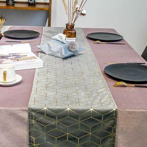 Velvet bronzante de Table d'or Géométrie Imprimé Drapeau de table Lit Drapeaux Hôtel Home Nappe napperon Haut Grade Table Décoration DBC BH3321