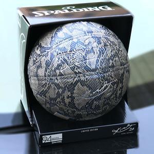 kutusuyla Yeni Spalding 24K Black Mamba Ürün Ek basketbol 76-636Y Python desen Hatıra baskı PU oyunu basketbol topu büyüklüğü 7