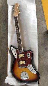 Ordine all'ingrosso nuovo modello Jaguar chitarra elettrica Fornisce personalizzazione servizio a Sunburst 181026