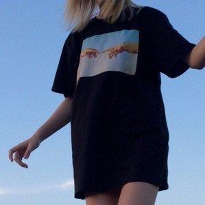 kuakuayu HJN Michelangelo Hands Printed T-Shirt Women Tumblr Grunge Graphic Tee Casual Oversize Black Tops MX200721