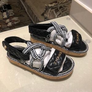 Gucci shoes Hausschuhe Zapatillas Sandalen ACE Slides Animal Design Huaraches Flip Flops Loafers Sneakers Frau Männer Stiefel rx200618