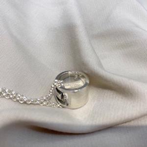 Semplice onda coreana di 925 multa ciondolo in argento Passepartout O-ring splicing collana di perle breve clavicola maschile e femminile
