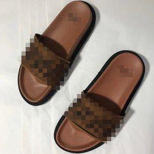 Mujeres al por mayor Designerluxury zapatillas de playa de verano zapatos de la señora Brandslipper chancletas de playa de lujo Diapositivas ocasional de las mujeres del deslizador AX 2020518K