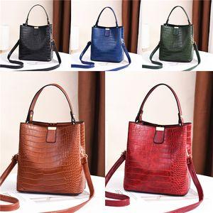2020 New Lady Fashion Hot Women Handbag Shoulder Bag Metal Bracelet Ring Circular Crossbody Bag Hundred And Up Dumpling Bag#379