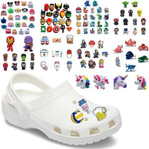Bonito Animales zapato del PVC encanta Flores de zapatos Accesorios hebillas de Navidad Decoración pulsera apta Croc regalo de Navidad JIBZ 12-24pcs / lot