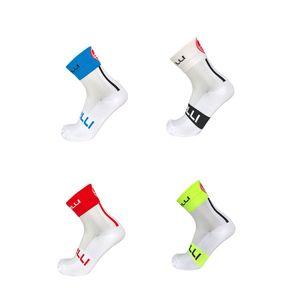 Calze a rete di nuova estate di Professional Cycling Socks traspirante strada della bicicletta di sport esterni di corsa bici