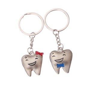 Großhandel Unisex-Tasche Auto Schlüsselanhänger Lächeln Zähne Anhänger Schlüsselanhänger Schöne Metallmini Zahn Keyring Zubehör Geschenk 2 Farben BC BH1215