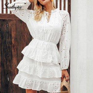 Southpire évider plaine Layered Robe blanche Femmes 2020 Printemps Eté Ruffles Lace Up Robe Eleagant A-ligne Mini robes