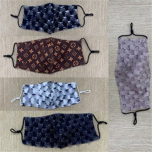 5 couleurs Masques Designer Lavable Luxe Visage Masque Femmes Lettres de sport pour femmes cyclisme imprimer Cartoon bouche Couverture soie Tissu mince MASQUE D72302