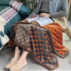 Brand Sofa Blankets H Letter Designer Blankets Thickened Velvet Shawl Flannel Double Blankets Office Siesta Air Conditioning Blanket Gift