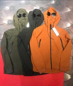 2020 Designer Men Jackets Spring Riot Mask Camouflage Windproof Outdoor Men Coats Casual Male Mountain Parka Clothes With Pockets
