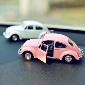 Auto d'epoca Ornamento Lega Model Car Decoration bambole Automotive Beetle Carino Retro Auto Interni Cruscotto Giocattoli Accessori regalo Va5Y #