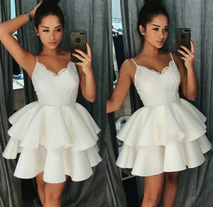little White Dress A-Line Spaghetti Straps Homecoming Prom Dresses with Appliques Tiered Skirts Ruffles Skirt Cocktail Dress