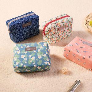 Птица Цветочные печати Косметические сумки Органайзер Сумки высокой емкости для путешествий на молнии косметичке женщины сумочку моды багажа