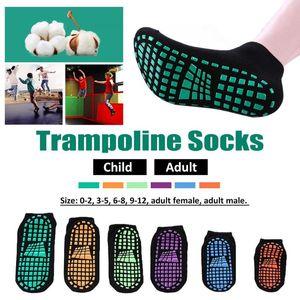 1 Par Crianças Polyester Cotton Anti-slip Socks Trampolim Socks Adulto desgaste confortável de Fitness Yoga Pilates Sports