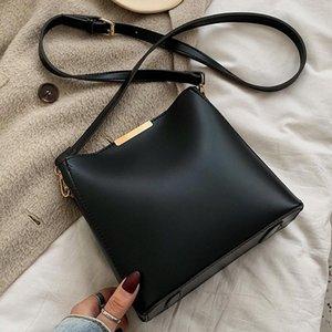 MONNET CAUTHY Nouveau Sacs Mode pour femmes Concise Loisirs Lady Sac bandoulière Solide Couleur Noir Beige Brown style Bucket Occident