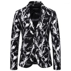 Neck Single Button Slim Man Anzug Jacken Mode-Stadiums-Partei Männlich Oberbekleidung Hot Stamping Mens beiläufige Blazer V