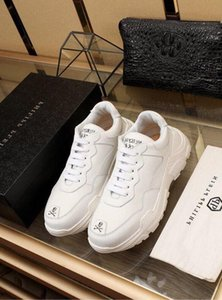 2019 White breathable sneakers 2022 Men Dress Shoes Moccasins Loafers Lace Ups Monk Straps Boots Drivers Real leather Sneakers Shoes
