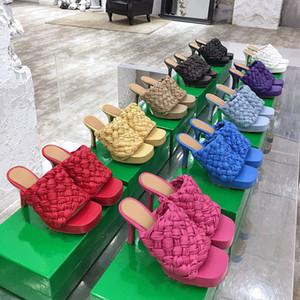En iyi kalite KURULU SANDALETLER yüksek topuklu moda lüks tasarımcı slaytlar yaz terlik örgü Sandal Kare ayak Sandalet Kadın sandalet platformu